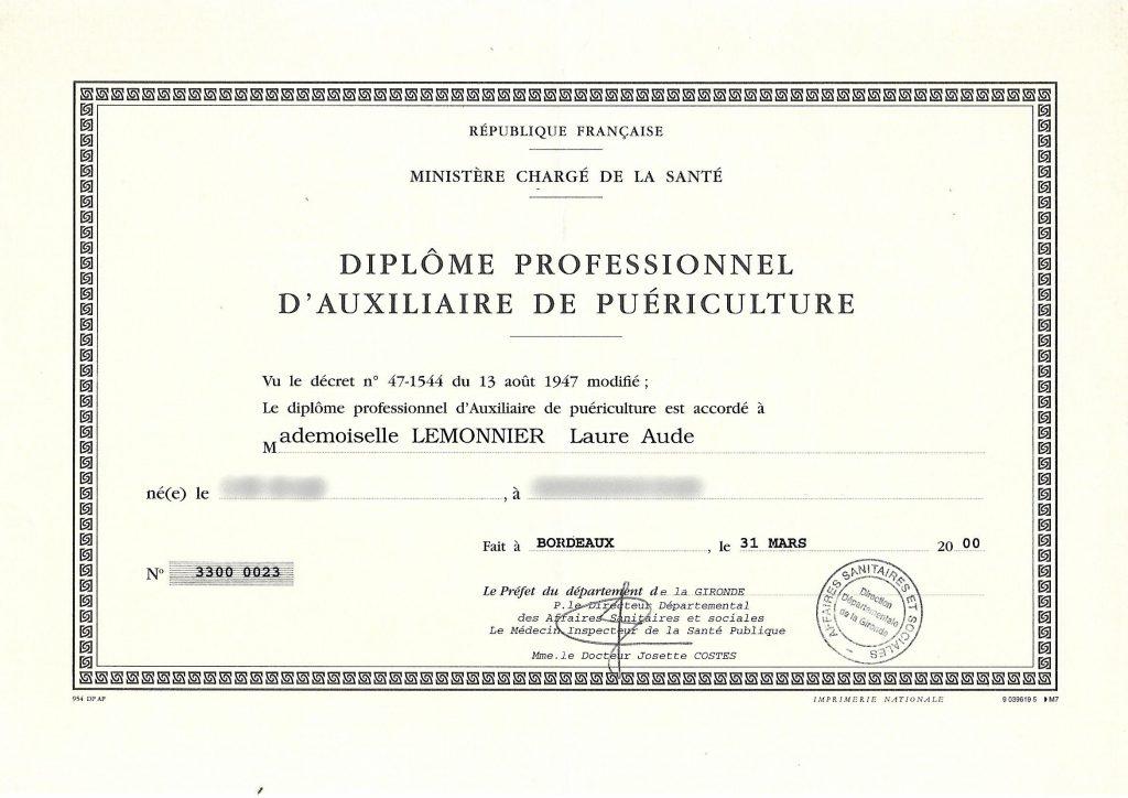 diplome auxpuerv1 1024x724 A propos de Laure
